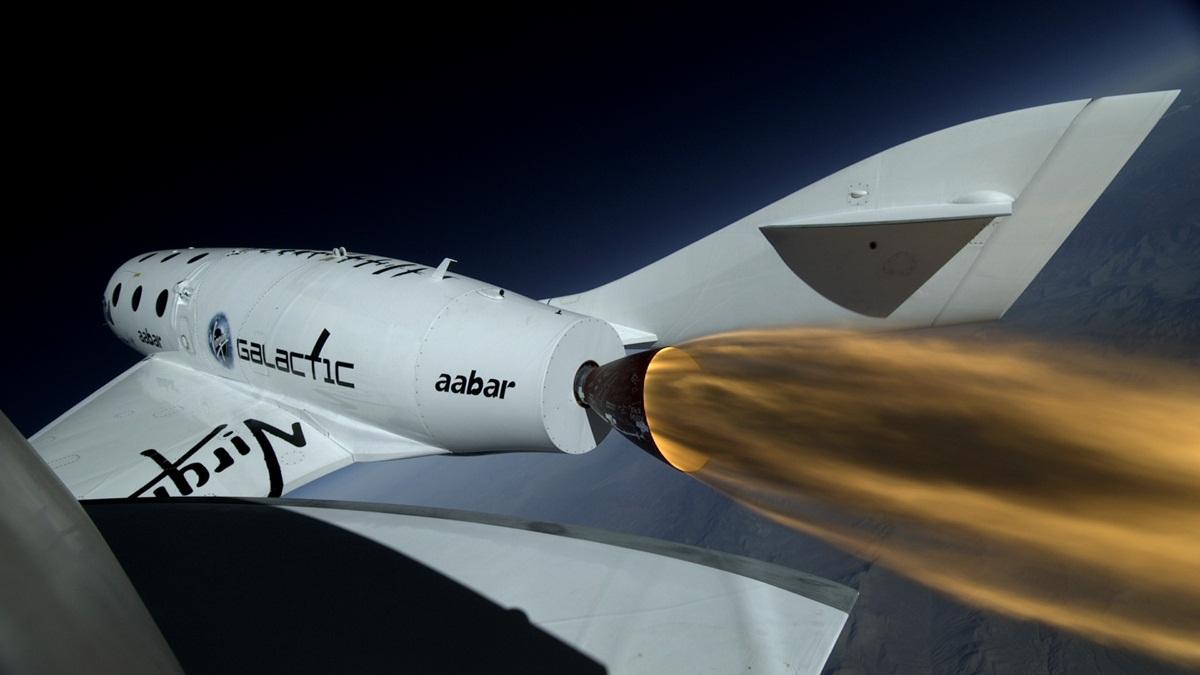 spaceshiptwo-pogled-s-krila